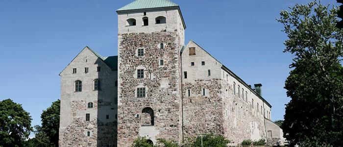 Turun linnan ympäristössä on mukavaa viettää aikaa