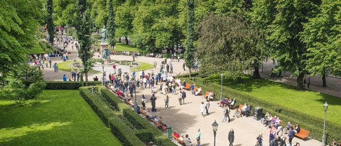 Esplanadin puisto on suosittu paikka pitää piknikkiä